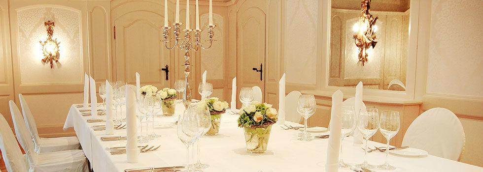Beispiel: Hochzeitsgedeck, Foto: Schloss Lehen.