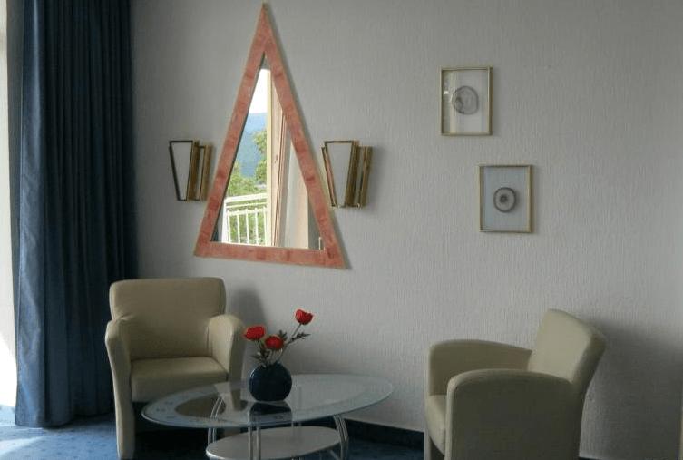 Beispiel: Zimmer, Foto: Schlossberg-Hotel Homburg Saar.