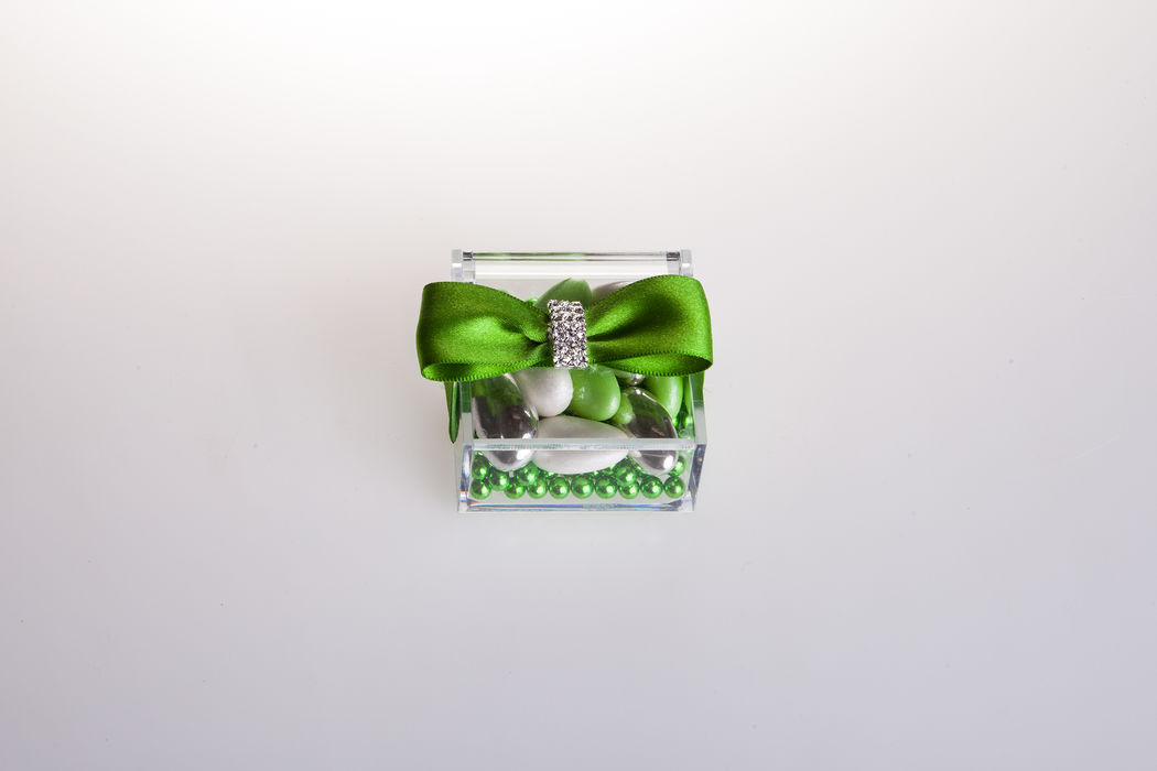 Plexiglas green Variations mit Strass 5x5x3 cm
