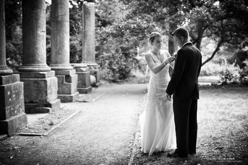 Beispiel: Fotos von Ihrer Hochzeit in Schwarz-Weiß, Foto: Yvonne Zemke wedding photography.