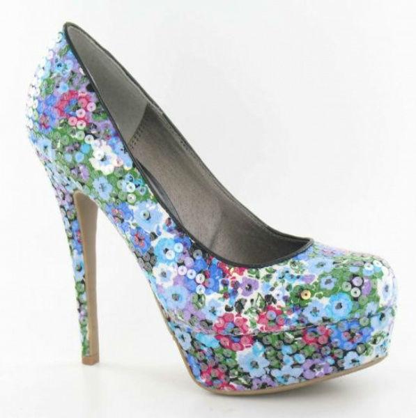 Beispiel: Schuhe, Foto: posh 'N' style.