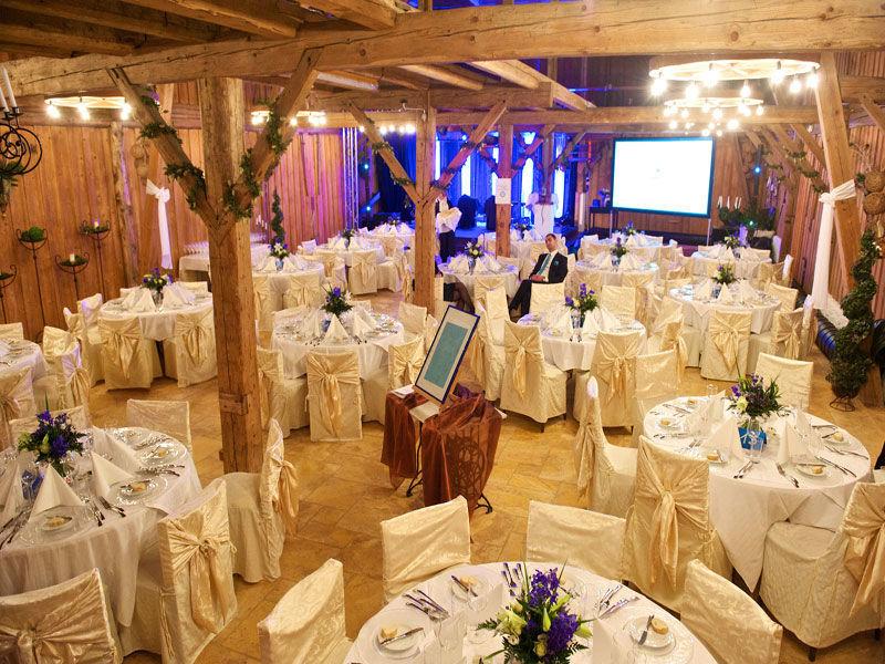 Beispiel: Saal für die Hochzeitsfeier, Foto: Stadlerhof Wilhering.
