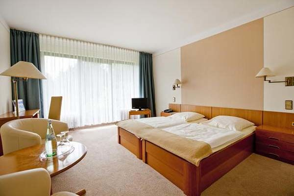 Beispiel: Zimmer, Foto: Parkhotel am Heger Holz.