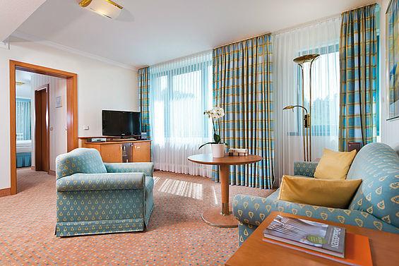 Beispiel: Suite Wohnraum, Foto: Travel Charme Bernstein Prerow.