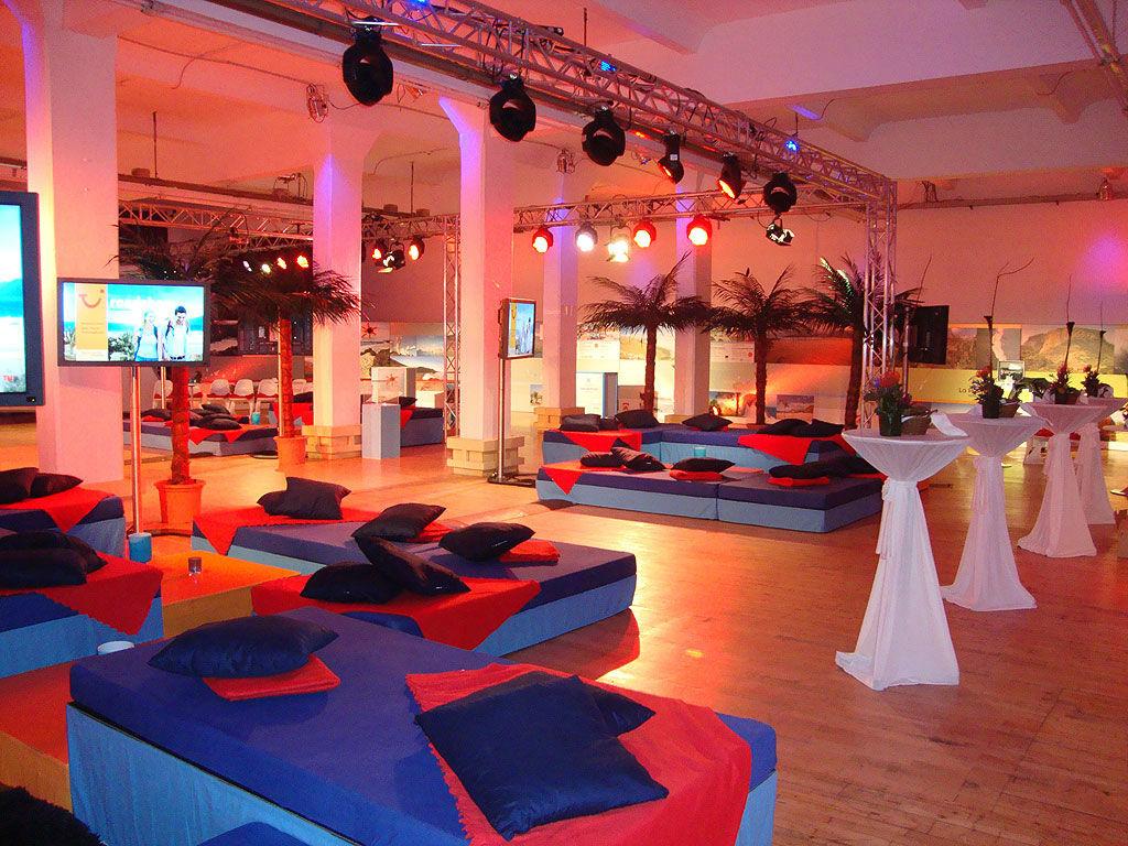 Beispiel: Loewe Saal - Lounge, Foto: Loewe Saal.