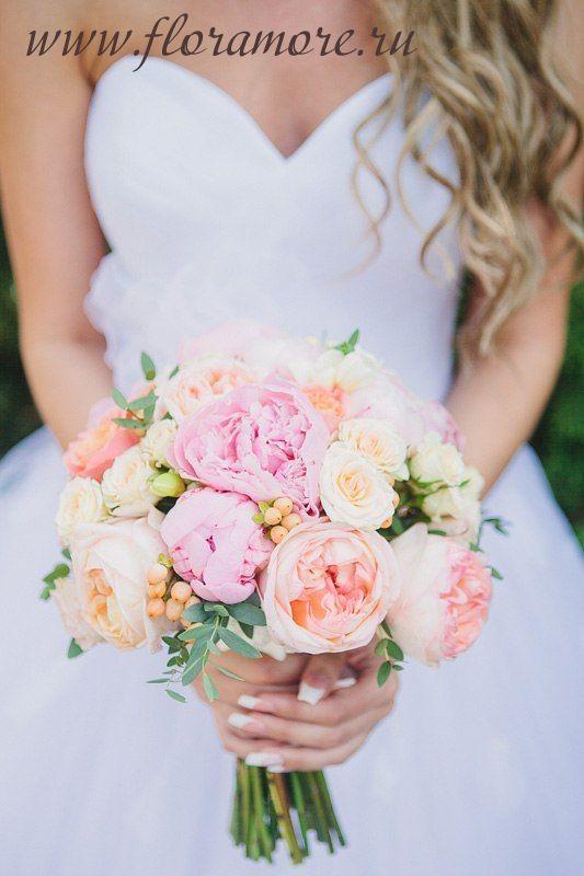 Букет невесты с пионовидными розами. Венок невесты.  ФЛорист Кристина Каберне
