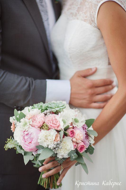 Букет невесты с пионами Флорист Кристина Каберне