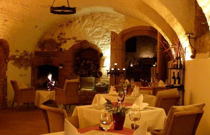 Beispiel: Restaurant, Foto: Gutshof Woldzegarten.