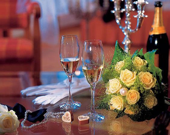 Beispiel: Hochzeitssuite, Foto: Travel Charme Gothisches Haus.
