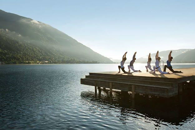 Beispiel: Yoga am See, Foto: Robinson Club.
