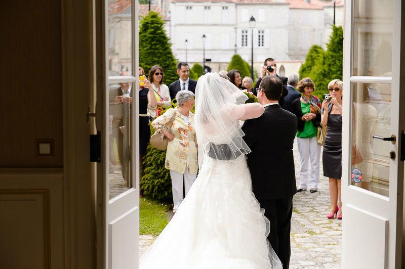 Mariage dans la jolie ville de Saintes, en Charente-Maritime.