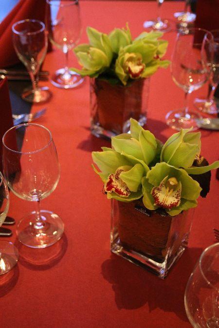 Beispiel: Tischdekoration, Foto: Blumen Galerie Oyten.