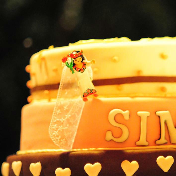 Beispiel: Hochzeitstorte, Foto: Unikorn Catering & Events.