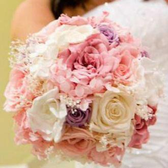 Flor de Cór  - buquê de rosas, gardênias e hortênsia naturais preservadas