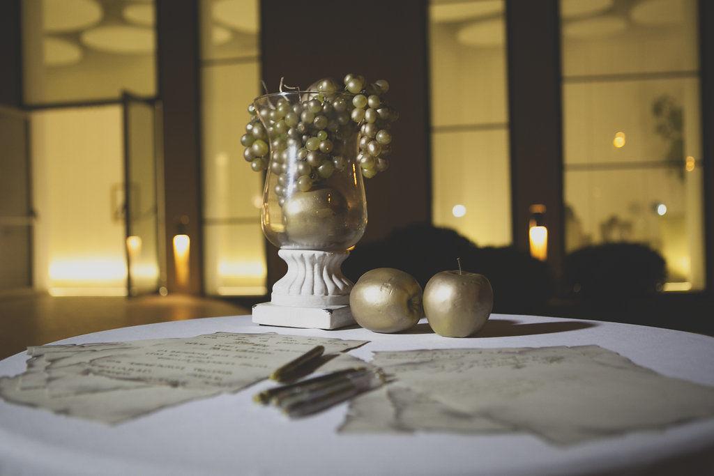 Mesa de firmas boda romana