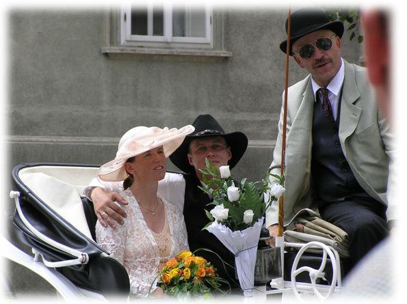 Beispiel: Glückliches Brautpaar, Foto: Fiaker Wien.