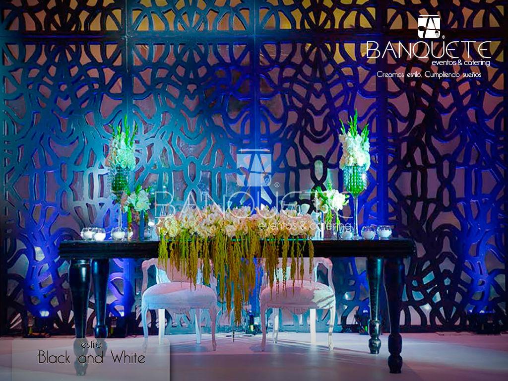 Mesa provenzal con sillas Luis XV #banqueteeventos