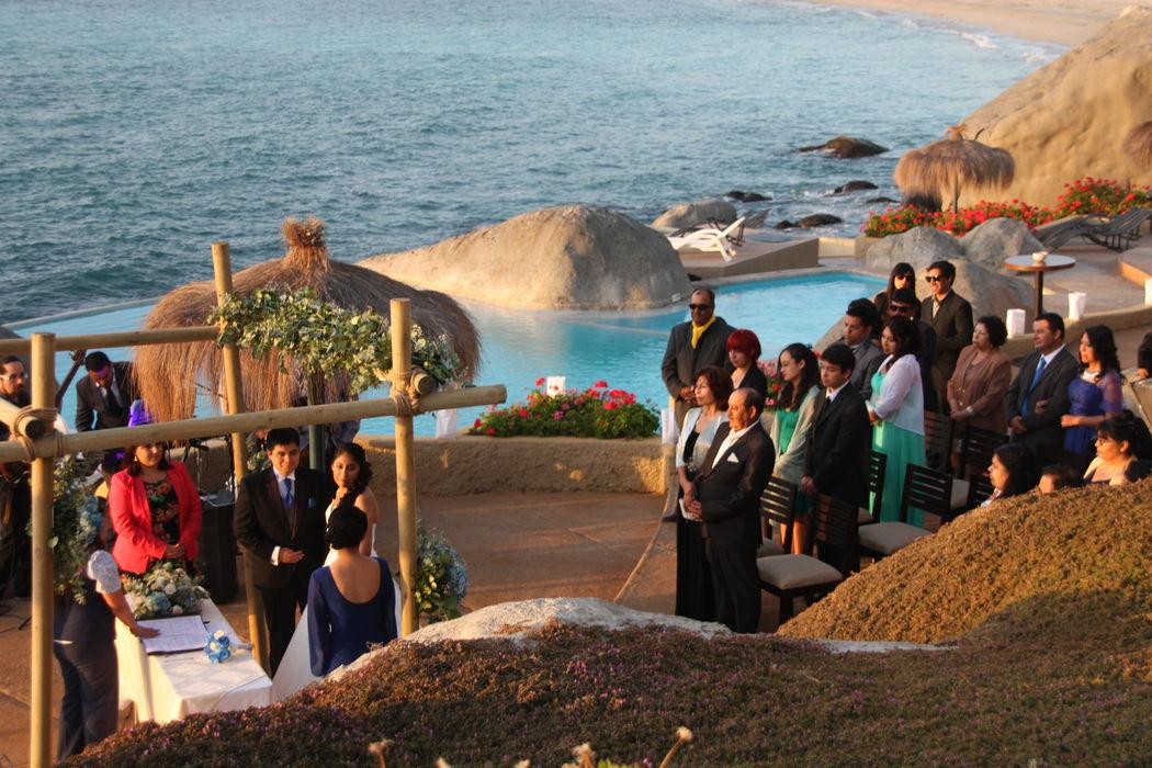 Ceremonia en el sector de la piscina