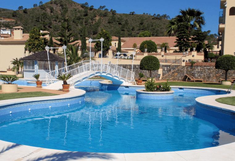 Piscina Los Molinos-Gran Hotel Benahavis