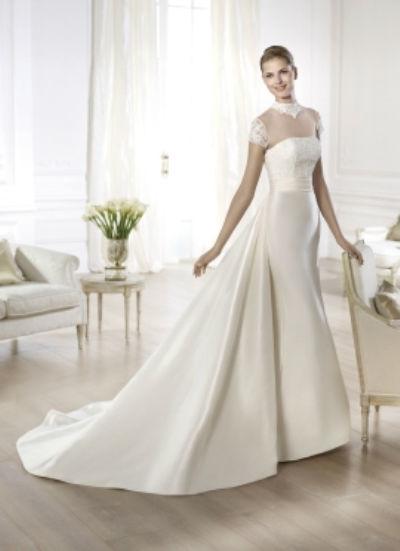 Beispiel: Brautkleider zum Wohlfühlen, Foto: Lunardi Cerimonia.