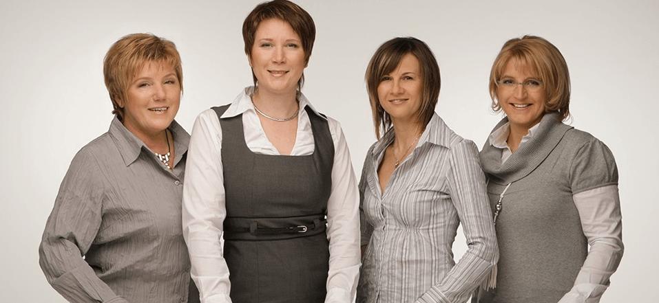 Beispiel: Das Team, Foto: Sanela Brautmoden.