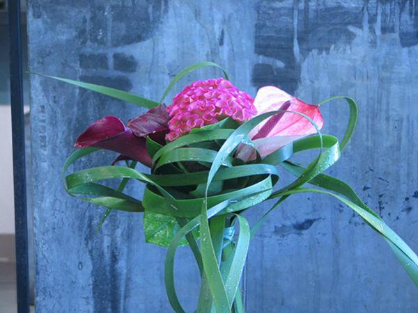 Beispiel: Blumenkunst, Foto: Blumen Kamm.