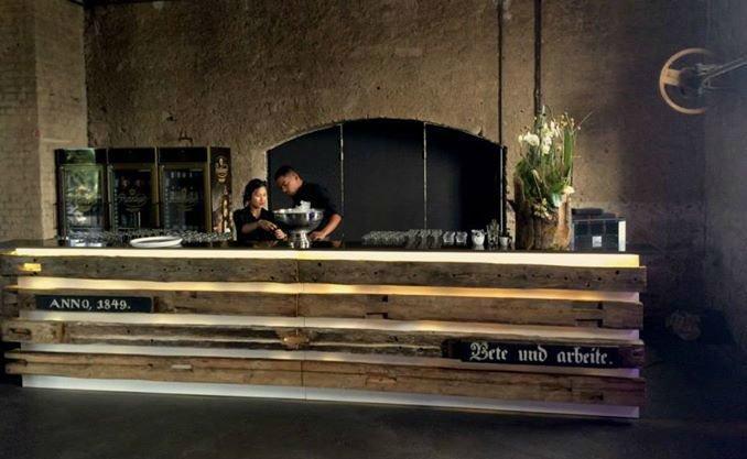 Beispiel: Letzte Vorbereitungen in der Kirche, Foto: Gutshof Ladenburg.