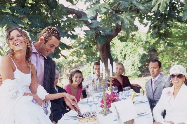 Beispiel: Hochzeitsfeier, Foto: Table-Service.