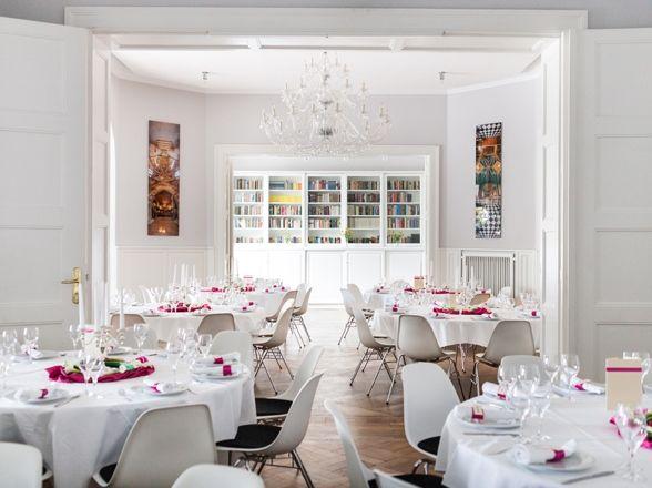 Beispiel: Hochzeitsbankett, Foto: Villa Blumenfisch.