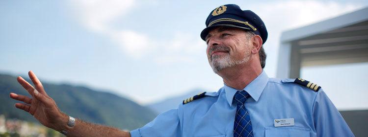 Beispiel: Freundliches Personal, Foto: Zugersee Schifffahrt.