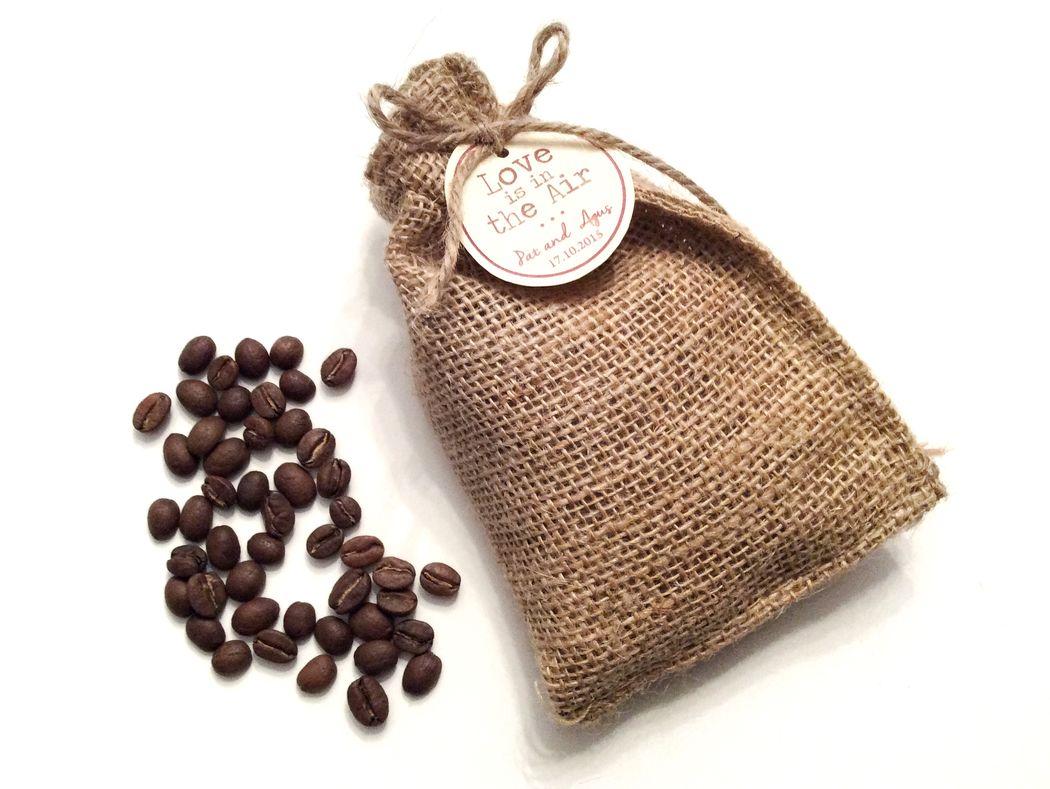 Costalito de yute con cafe organico