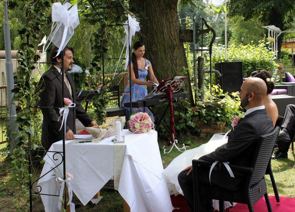 Beispiel: Freie Trauung, Foto: Ihr Hochzeitsredner - Gregor Andre.