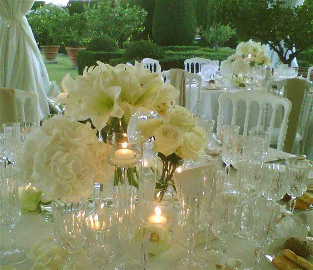 Webtitude Weweddings: allestimento centrotavola, total white
