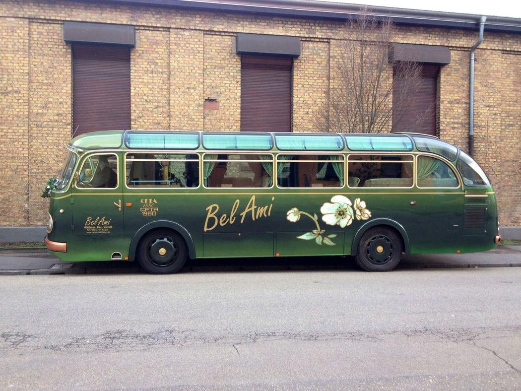 Beispiel: Oldtimer Bus O 321h, Foto: VinVents.