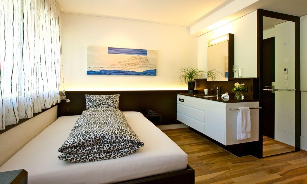 Beispiel: Einzelzimmer, Foto: Hotel Restaurant Vogelsang.