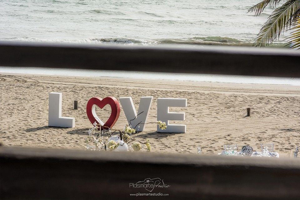 Love on Acapulco