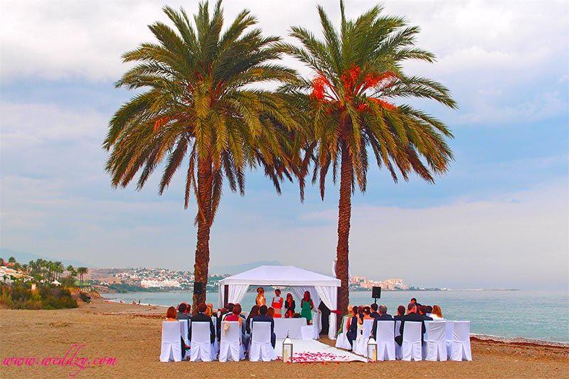 Cérémonie de mariage sur la plage en Espagne