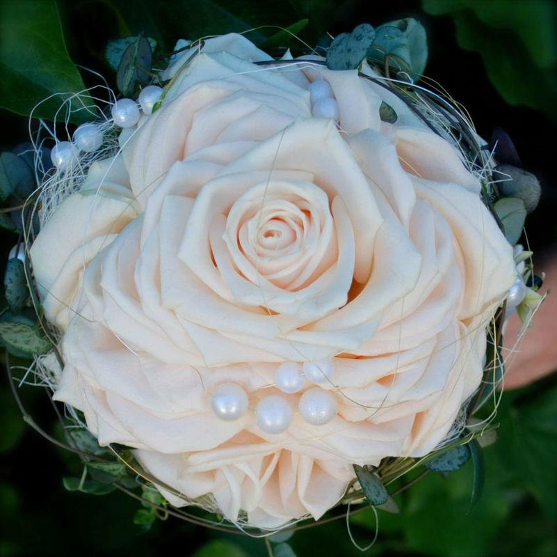Beispiel: Hochzeitsfloristik, Foto: Blumen Becht.