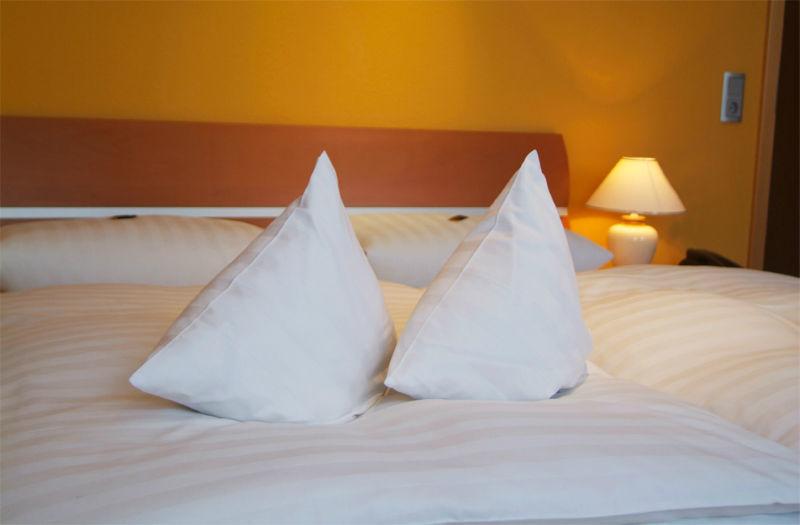 Beispiel: Zimmer, Foto: AKZENT Hotel Tietmeyer.
