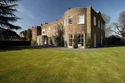 Kew Gardens - Cambridge Cottage
