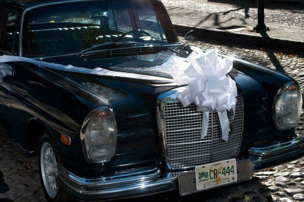 Nupcias Elegance Car