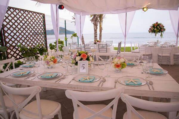 Malay Club de Playa & Salón