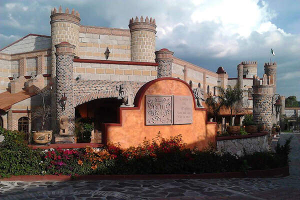 Salon Castillo del Arger