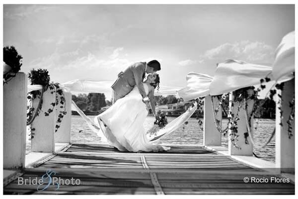 Bride & Photo - D.F.