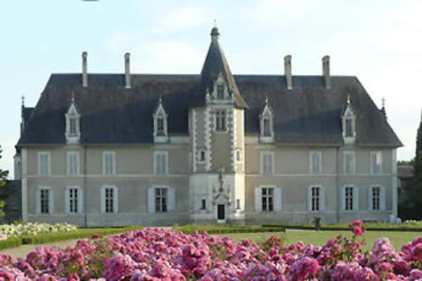 Château et Domaine de Longue Plaine