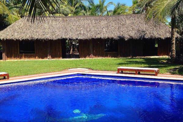 Hotel Bambuddha