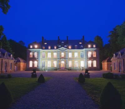 Château de Carsix by night