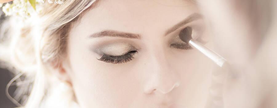 Dani Espinosa  Makeup