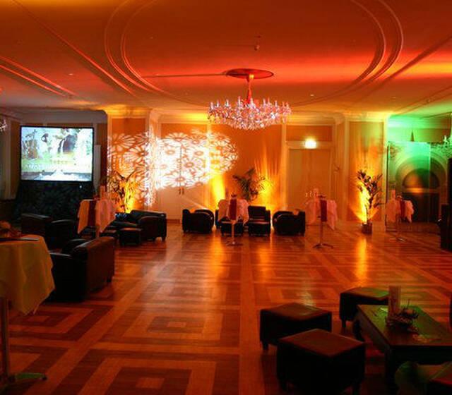 Beispiel: Säle mit Lichteffekten, Foto: Kursalon Wien.