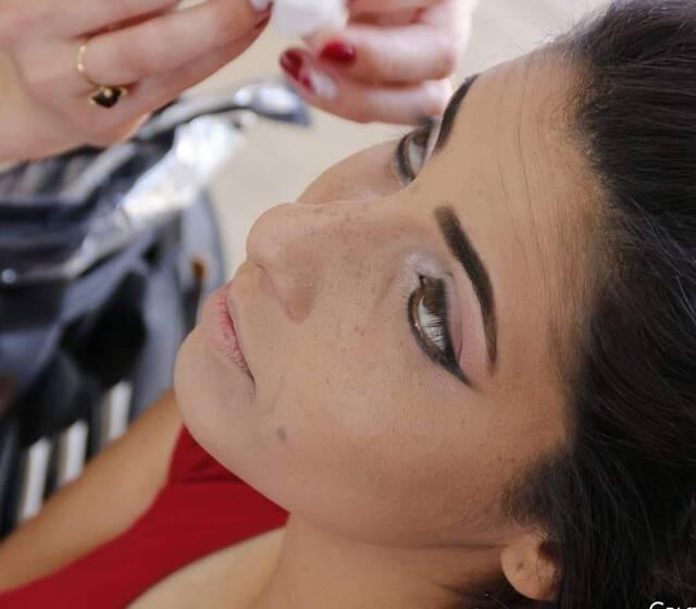Karoline Motta Makeup Artist